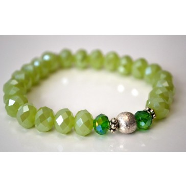 NEW****Green Crystal  and Silver Frosted Ball Bracelet