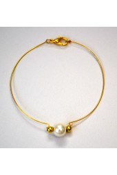 NEW*****Gold Thin Bangle Bracelet with Pearl